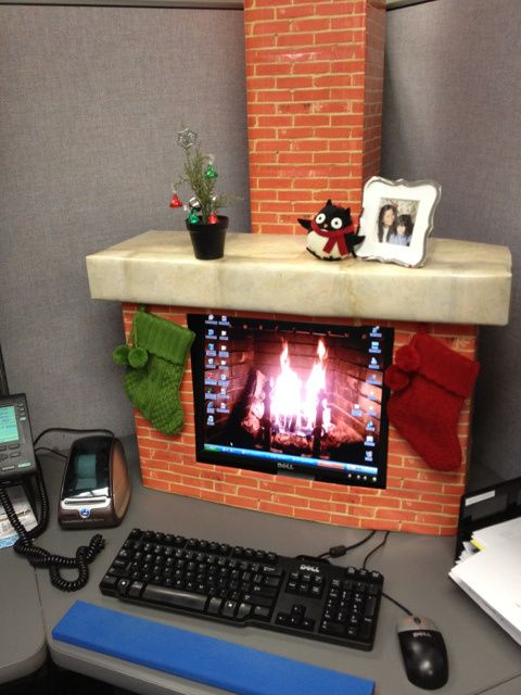 need some christmas decorating ideas check out these unusual and creative christmas decorations from pinterest the computer fireplace is my favorite - Christmas Desk Decoration Ideas